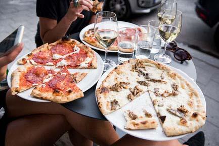 Cavali club, Dinner date , Milan